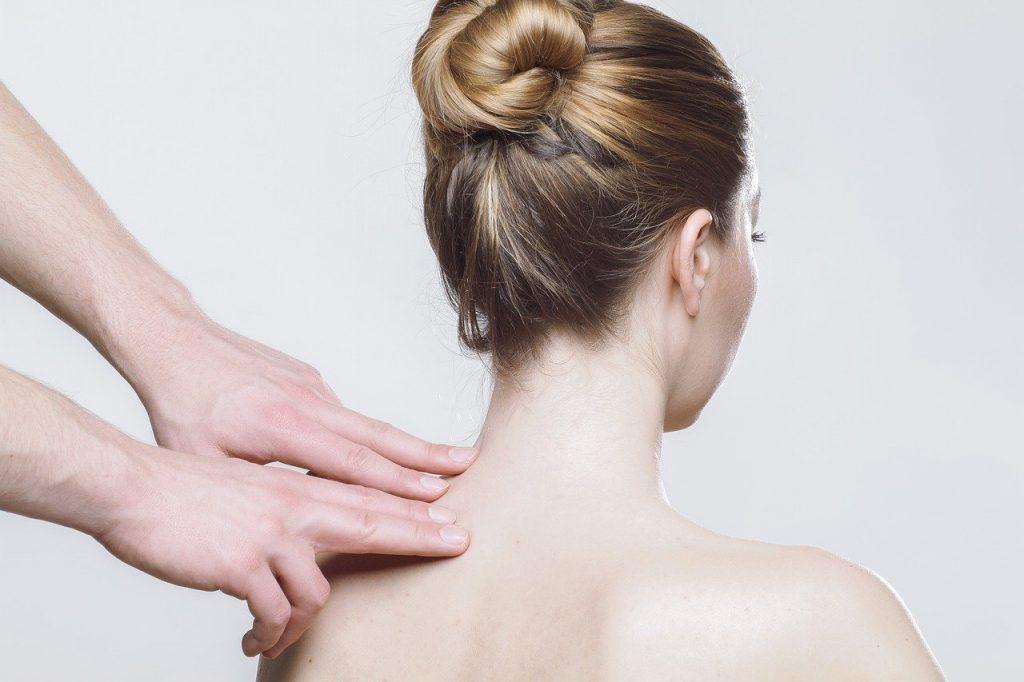 Massaggi decontratturanti, a cosa servono e quali benefici apportano